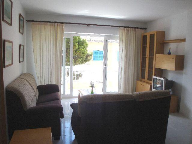 mallorca cala ratjada ferienwohnung 771 in zentraler lage nur 100 m zum yachthafen und ca 400. Black Bedroom Furniture Sets. Home Design Ideas